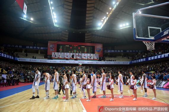 川媒:四川仍有季后赛但愿 要用好主场上