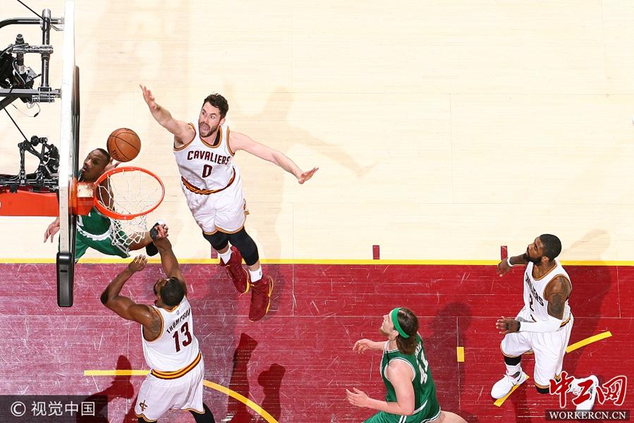 NBA季后赛东部决赛第4场:克利夫兰骑士112-9