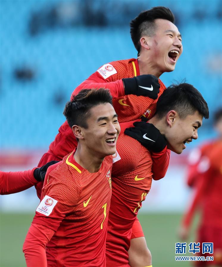 (體育)(1)足球——亞足聯U23錦標賽A組:中國勝阿曼