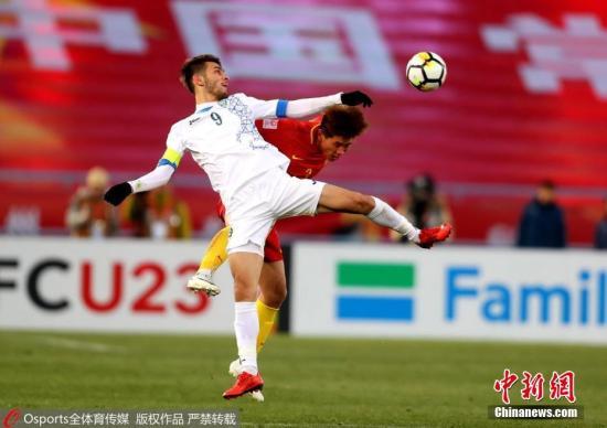 1月12日,U23亞洲杯小組賽第二場,中國隊以0:1不敵烏茲別克隊,韋世豪最後時刻勁射遺憾擊中橫樑錯失扳平良機。夏魯明 攝 圖片來源:Osports全體育圖片社