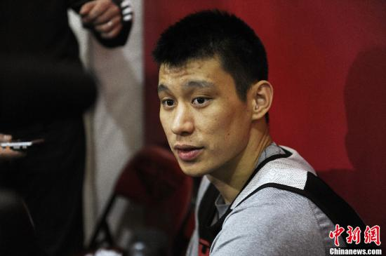 林书豪被裁将加入猛龙 第八次重新出发他仍有篮球梦